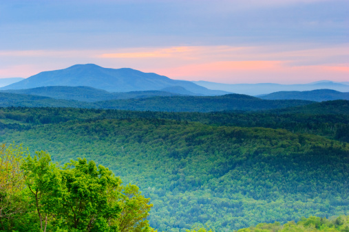 Mt Ascutney「Rolling Mountains of Vermont」:スマホ壁紙(0)