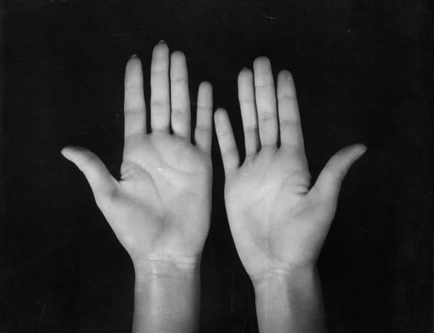 Baring Hands:ニュース(壁紙.com)