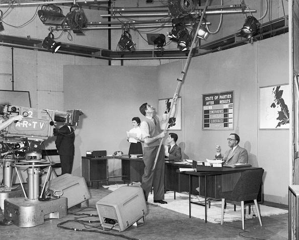 Television Studio「Election Preparations」:写真・画像(8)[壁紙.com]