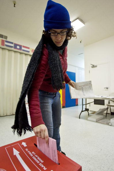 Super Tuesday「California Voters Participate In The State's Pivotal Primary」:写真・画像(17)[壁紙.com]