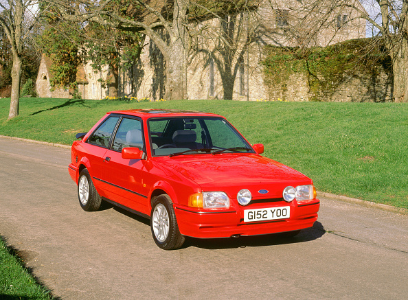 Journey「1990 Ford Escort XR3i」:写真・画像(19)[壁紙.com]