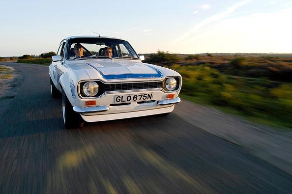 Collector's Car「1975 Ford Escort RS2000」:写真・画像(2)[壁紙.com]