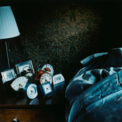 Lamp Shade「Assorted Alarm Clocks by Bed」:スマホ壁紙(14)