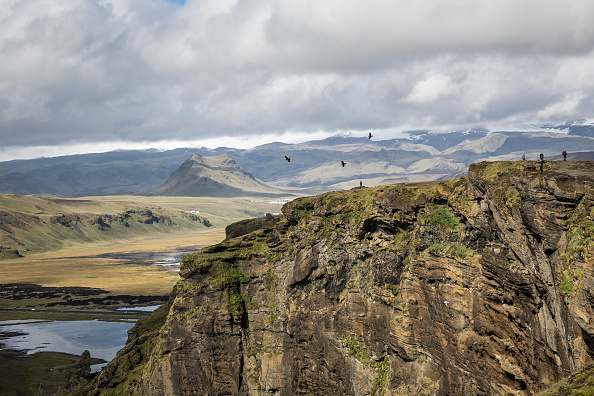 Dyrholaey「Places To Visit - Iceland」:写真・画像(4)[壁紙.com]
