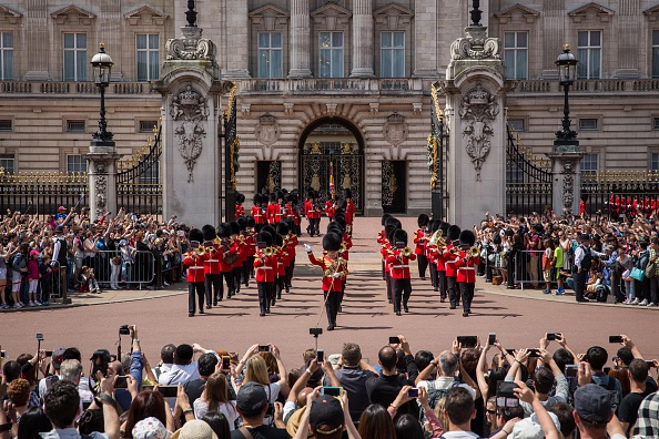 英国 ロンドン「Buckingham Palace Faces £150 Million Of Repairs」:写真・画像(19)[壁紙.com]