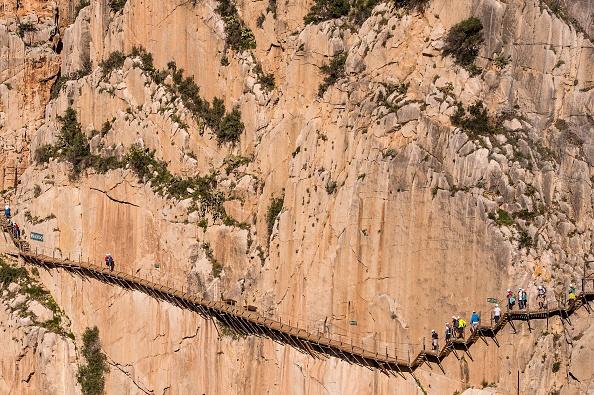 Footpath「World's Most Dangerous Footpath Set To Reopen In Spain」:写真・画像(14)[壁紙.com]