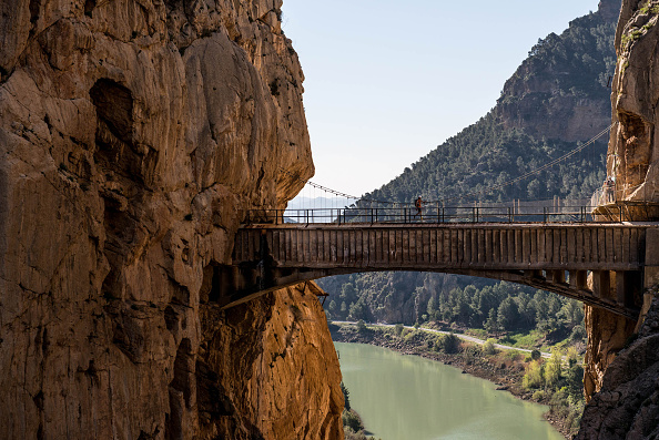Tourism「World's Most Dangerous Footpath Set To Reopen In Spain」:写真・画像(9)[壁紙.com]