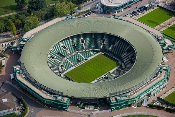 テニス「No 1 Court, All England Lawn Tennis and Croquet Club, Wimbledon, London, 2006」:写真・画像(3)[壁紙.com]