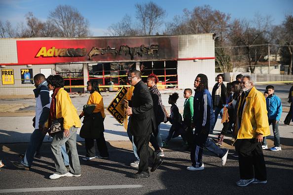 Social Movement「Ferguson Celebrates Thanksgiving Weekend Amidst Turmoil」:写真・画像(18)[壁紙.com]