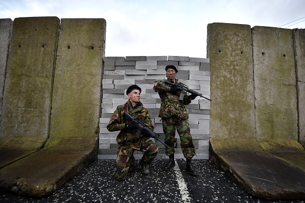 British Military「Brexit Protest At Irish Border」:写真・画像(10)[壁紙.com]