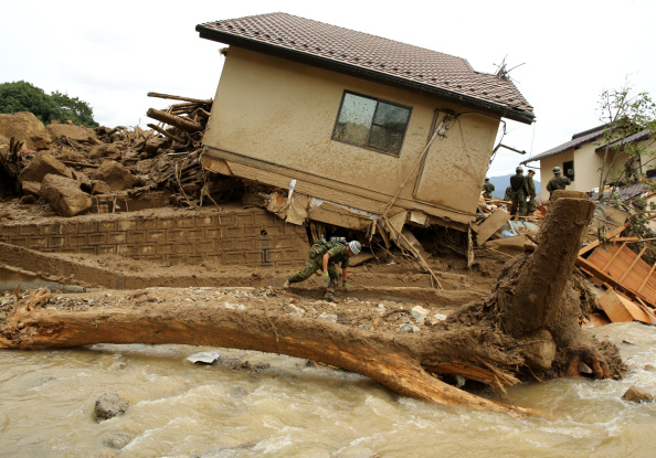 Torrential Rain「At Least 18 Killed In Hiroshima Landslides」:写真・画像(16)[壁紙.com]