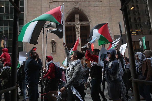 People「Activists Demonstrate Against Israel's Actions Against Palestinians In Gaza」:写真・画像(14)[壁紙.com]