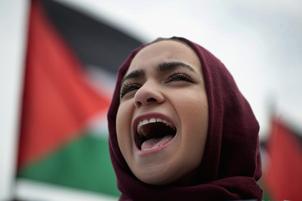 Decisions「Activists Demonstrate Against Israel's Actions Against Palestinians In Gaza」:写真・画像(4)[壁紙.com]