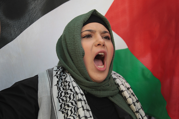 Decisions「Activists Demonstrate Against Israel's Actions Against Palestinians In Gaza」:写真・画像(3)[壁紙.com]