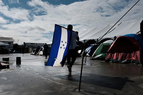 Tijuana「Border Wall Remains Focus Of U.S. Government Shutdown Negotiations」:写真・画像(6)[壁紙.com]