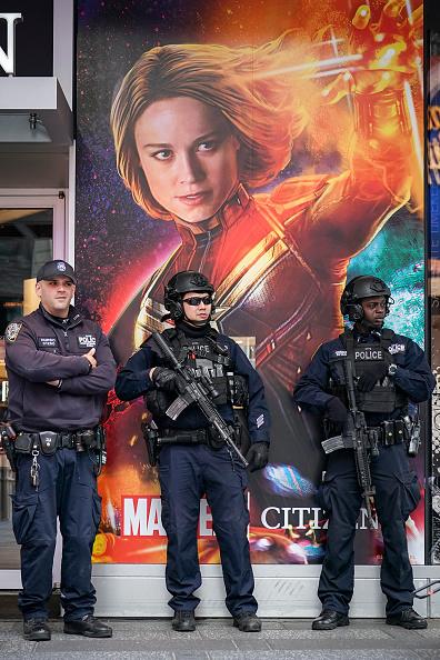 Drew Angerer「New York City Beefs Up Security After Tram Shooting In The Netherlands」:写真・画像(11)[壁紙.com]