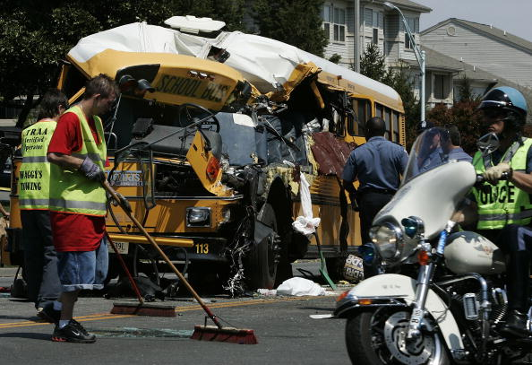 School Bus「Child Killed In School Bus Accident」:写真・画像(8)[壁紙.com]