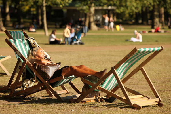 Sunlight「Londoners Make The Most Of Late Summer Sunshine」:写真・画像(12)[壁紙.com]