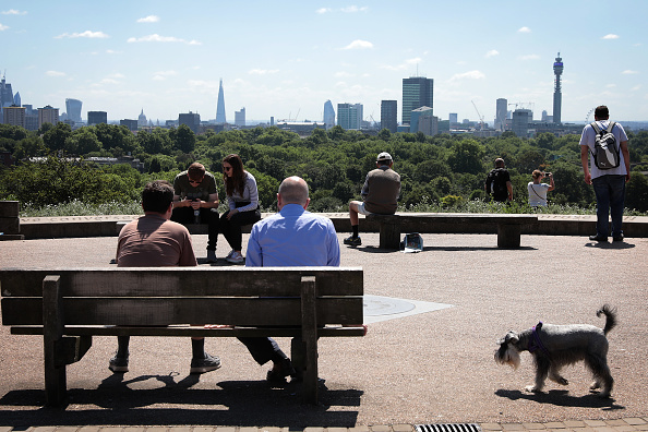 英国 ロンドン「Summer Arrives In London With Temperatures Set To Soar」:写真・画像(1)[壁紙.com]
