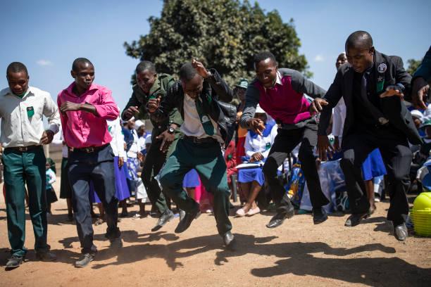 Daily Life In Zimbabwe:ニュース(壁紙.com)