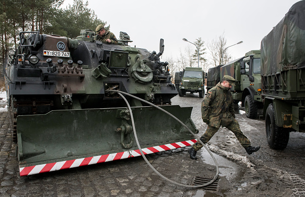 Jens-Ulrich Koch「Bundeswehr Ships Military Equipment To Lithuania」:写真・画像(17)[壁紙.com]