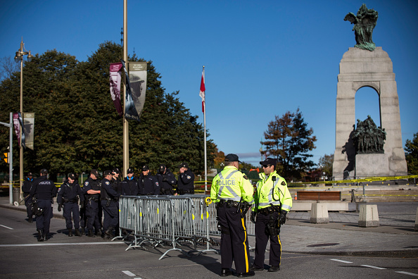 Nathan Burton「Ottawa On Alert After Shootings At Nation's Capitol」:写真・画像(19)[壁紙.com]
