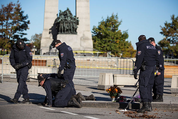 Nathan Burton「Ottawa On Alert After Shootings At Nation's Capitol」:写真・画像(0)[壁紙.com]