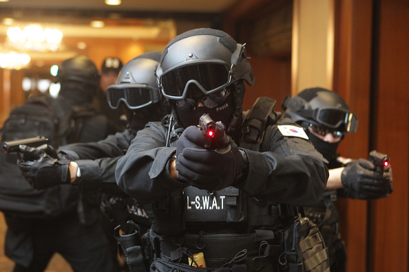 Strategy「South Korea Holds Anti-Terror Drill In Seoul Hotel」:写真・画像(6)[壁紙.com]