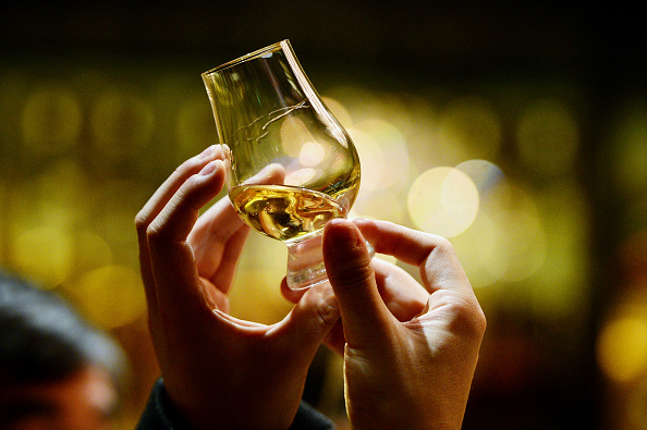Alcohol「George Osborne Freezes Duty On Scotch Whisky In The Budget」:写真・画像(13)[壁紙.com]