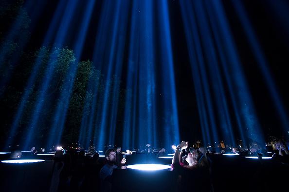 ヒューマンインタレスト「Lights Go Out To Mark World War One Centenary」:写真・画像(10)[壁紙.com]