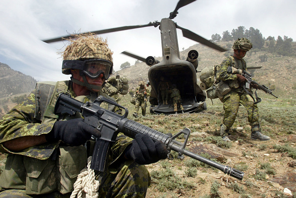 CH-47 Chinook「Canadian Operation Torii In Tora Bora」:写真・画像(12)[壁紙.com]