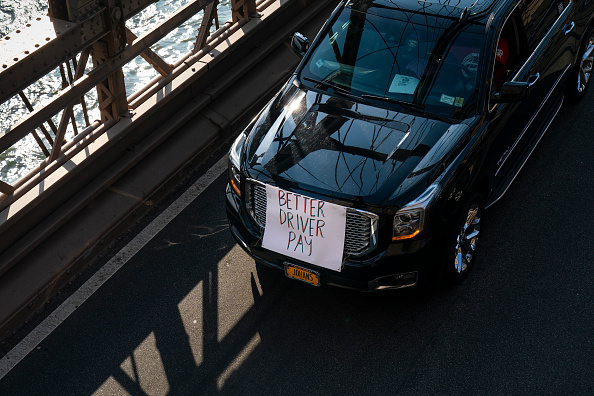 Drew Angerer「App-Based Drivers Hold Strike Across The U.S.」:写真・画像(17)[壁紙.com]