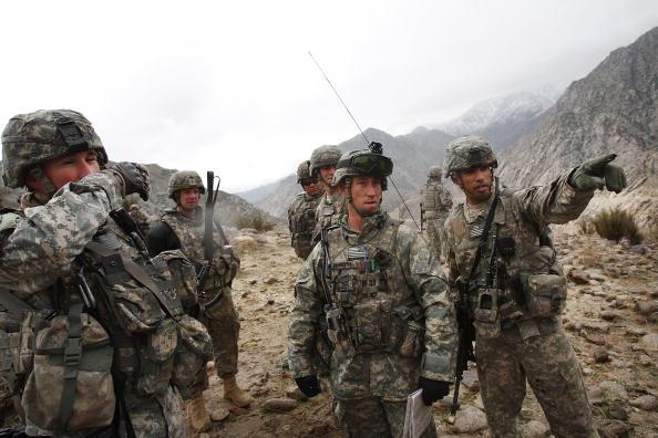 US Military「US Army Patrols In Afghanistan's Restive Nuristan Province」:写真・画像(15)[壁紙.com]