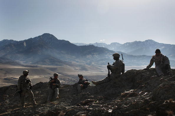 Taliban「US Army Patrols In Afghanistan's Restive Nuristan Province」:写真・画像(16)[壁紙.com]
