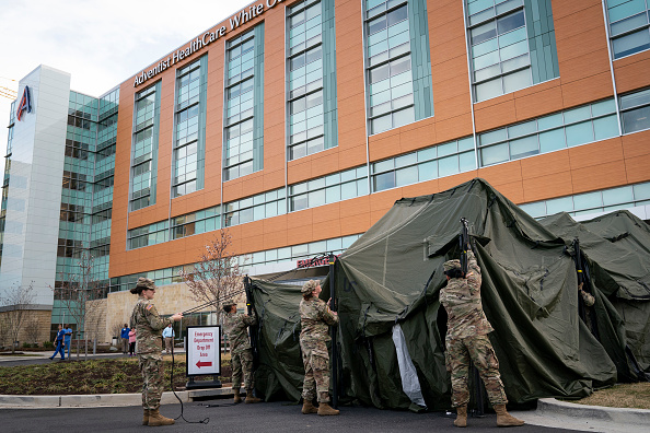 Washington DC「National Guard Sets Up Triage Tent Outside Maryland Hospital For Coronavirus Preparation」:写真・画像(9)[壁紙.com]