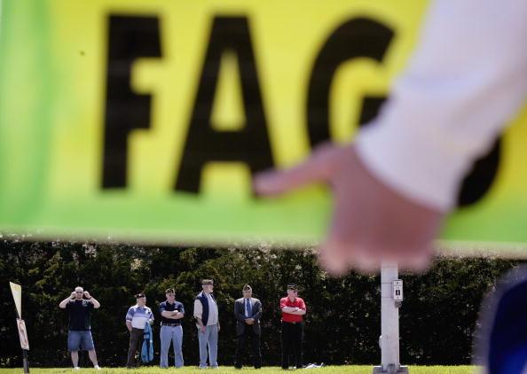ホモフォビア「Anti-Gay Activists Continue Protests At War Funerals」:写真・画像(3)[壁紙.com]