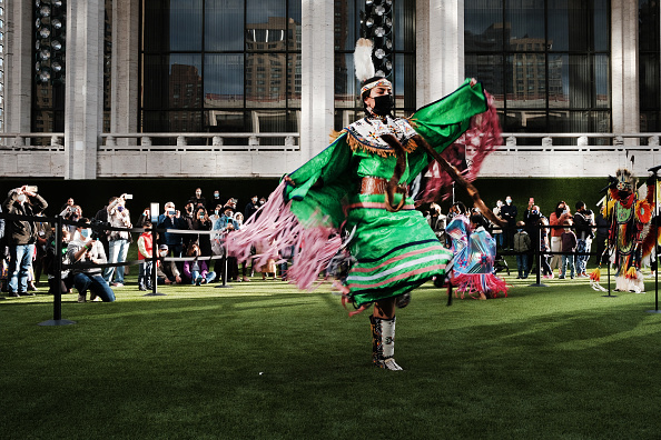 Outdoors「New York's Famed Lincoln Center Opens Spaces Up For Outdoor Concerts」:写真・画像(10)[壁紙.com]