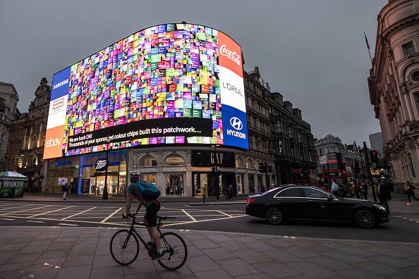Number「Piccadilly Circus Lights Are Switched Back On After Nine Month Upgrade」:写真・画像(17)[壁紙.com]