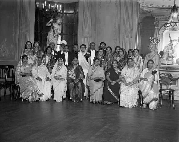 Indian Subcontinent Ethnicity「Indian Circle At Lyceum Club」:写真・画像(10)[壁紙.com]