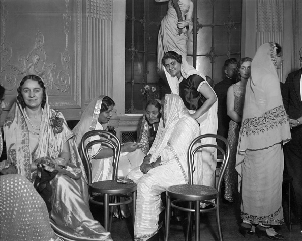 Indian Subcontinent Ethnicity「Indian Circle At Lyceum Club」:写真・画像(11)[壁紙.com]