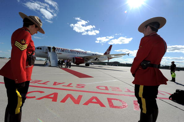 Virgin America「Launch Of Virgin America's 1st International Destination To Toronto」:写真・画像(0)[壁紙.com]