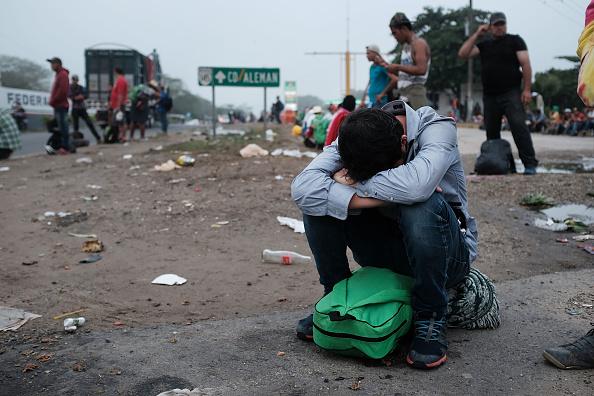 Mexico「Thousands Of Hondurans In Migrant Caravan Continue March Through Mexico」:写真・画像(9)[壁紙.com]