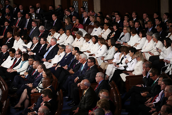 White Color「Donald Trump Delivers Address To Joint Session Of Congress」:写真・画像(6)[壁紙.com]