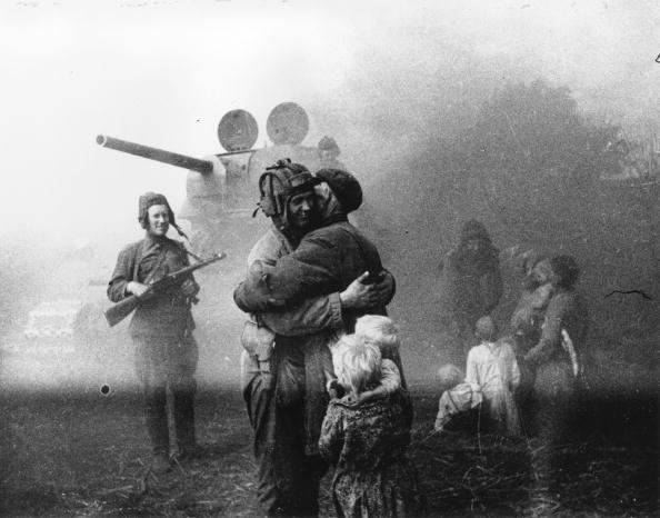 Russian Military「Soviet Welcome」:写真・画像(6)[壁紙.com]