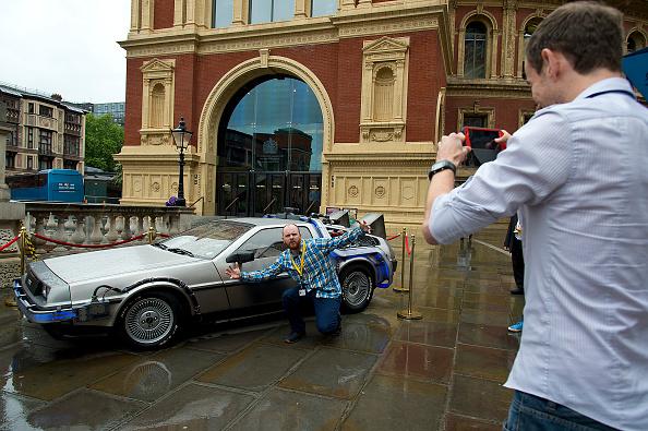 Film Screening「DeLorean Day At The Royal Albert Hall」:写真・画像(1)[壁紙.com]