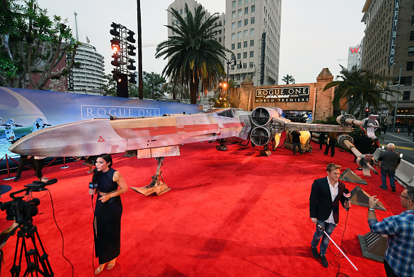 "Franchising「Premiere Of Walt Disney Pictures And Lucasfilm's ""Rogue One: A Star Wars Story"" - Arrivals」:写真・画像(4)[壁紙.com]"
