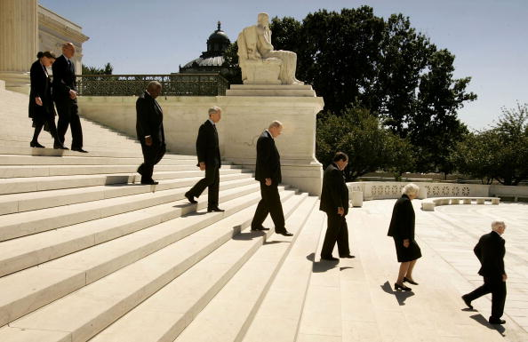 Profile View「Funeral Services Held For Chief Justice Rehnquist」:写真・画像(16)[壁紙.com]