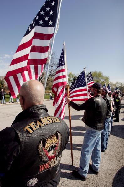ホモフォビア「Anti-Gay Activists Continue Protests At War Funerals」:写真・画像(16)[壁紙.com]