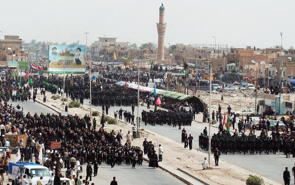 Sadr City「The Al-Mehdi Army Protests The Occupation In Iraq」:写真・画像(5)[壁紙.com]