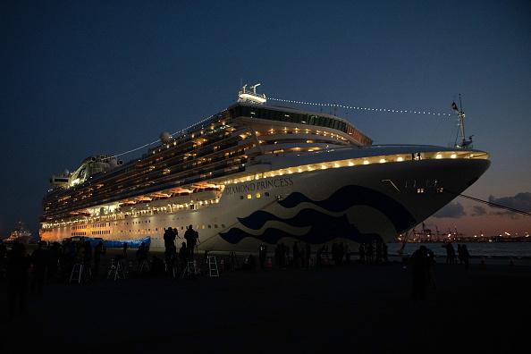 Ship「Diamond Princess Cruise Ship Remains Quarantined As Coronavirus Cases Grow」:写真・画像(19)[壁紙.com]